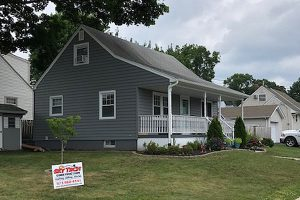 New siding for home in Clifton, NJ 07012